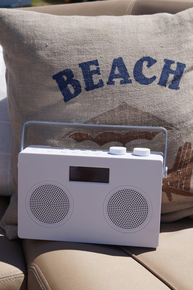POPduo. En radio du kan ta med overalt. Med god lyd, dab, dab+, fm, bluetooth og veldig god mottak.