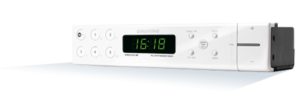 En praktisk dabradio med alarmfunksjon til å montere oppunder overskap på kjøkken eller bad-/vaskerom.