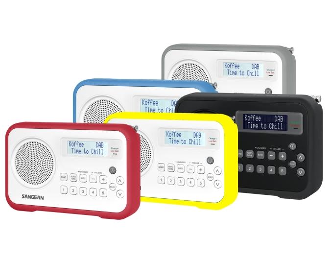 Fin radio med dab, dab+, fm med fargerikt gummeiomslag.