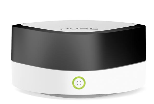 Pure Jongo A2 er et supersmart adapter som gjør det mulig å strømme musikken fra telefonen over til det gamle stereoanlegget.