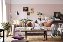 LIVING-IN-PASTEL-PINK